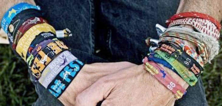 nuevo estilo 5222f 08c41 Cuando veas lo que vive en tus pulseras de festivales vas a ...